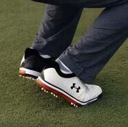 Video: Under Armour Tempo Tour Golf Shoes