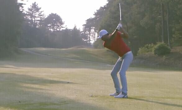 Golfer watch in motion