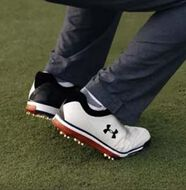 Video: Under Armour Tempo Tour Golf Shoes